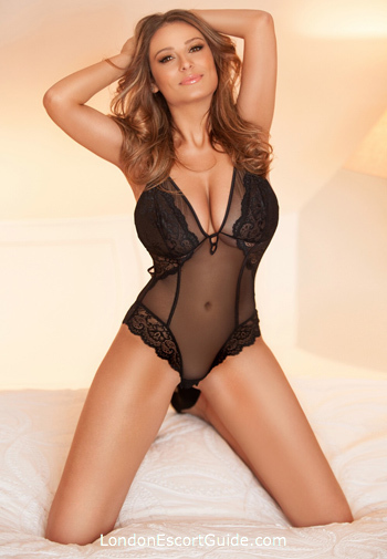 Paddington 200-to-300 Nancy london escort