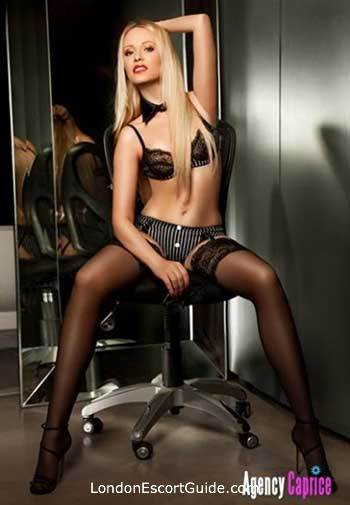 Chelsea under-200 Julia london escort