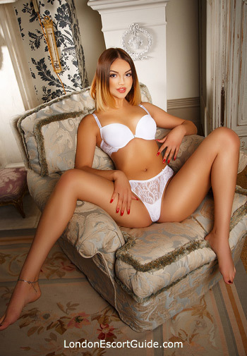 Bayswater east-european Isadora london escort