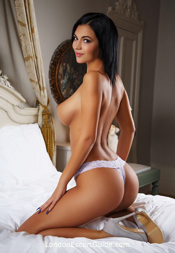 Bayswater under-200 Steffi london escort