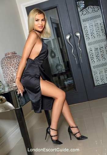 Marble Arch busty Becca london escort