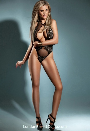 Paddington brunette Lorraine london escort