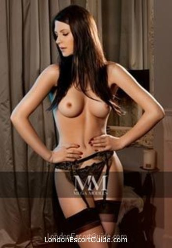 Bayswater east-european Isa london escort