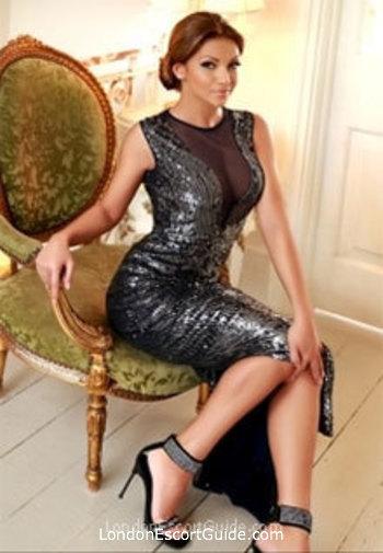 Earls Court brunette Elizee london escort