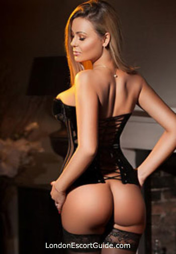 South Kensington blonde Leona london escort