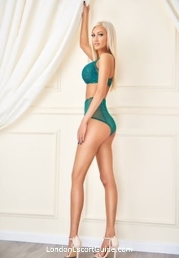 Bayswater blonde Priscilla london escort