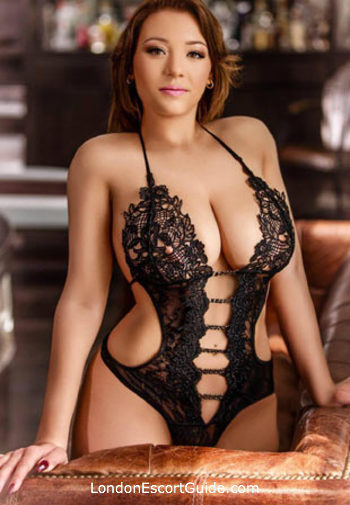 South Kensington under-200 Georgiana london escort