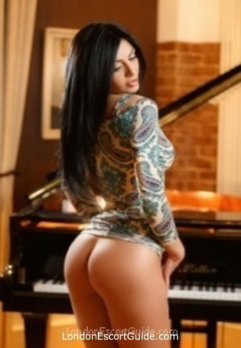 South Kensington brunette Eda london escort