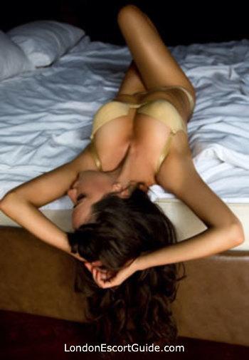 Kensington massage Mia london escort