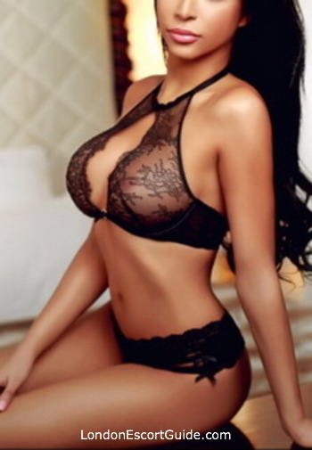 Earls Court busty Alysha london escort
