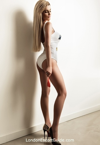 South Kensington blonde Whitney london escort
