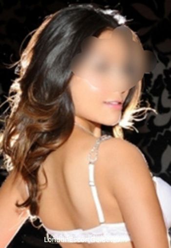 Earls Court elite Generosa london escort