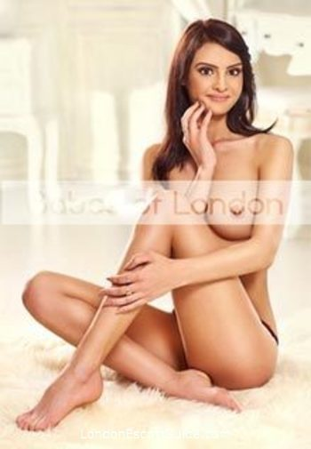 Gloucester Road 200-to-300 Nina london escort