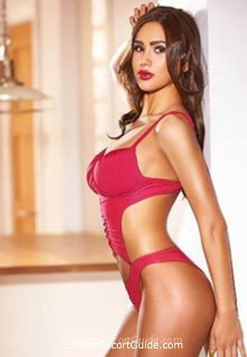 Mayfair elite Evelyn london escort