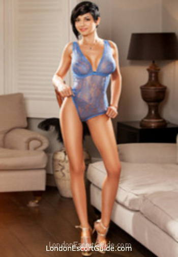 Marble Arch busty Nicole london escort