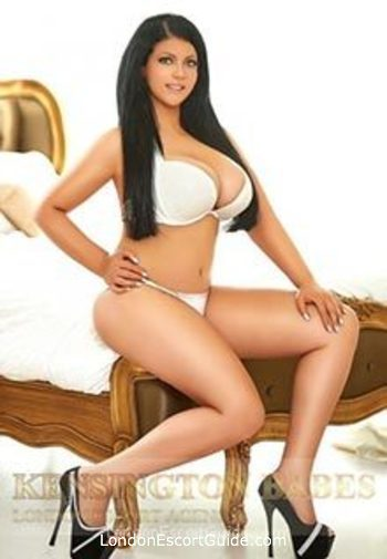 Bayswater value Yvonne london escort