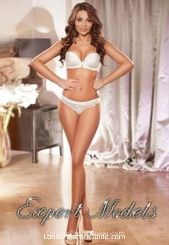central london brunette Selena london escort