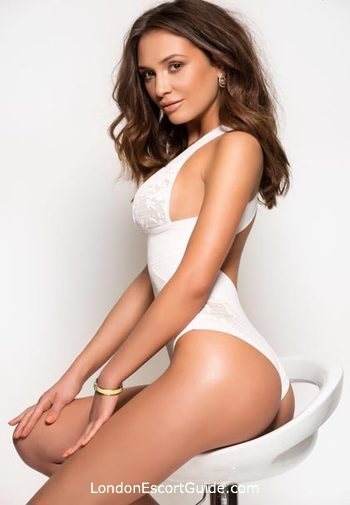 Mayfair 400-to-600 Kendall london escort