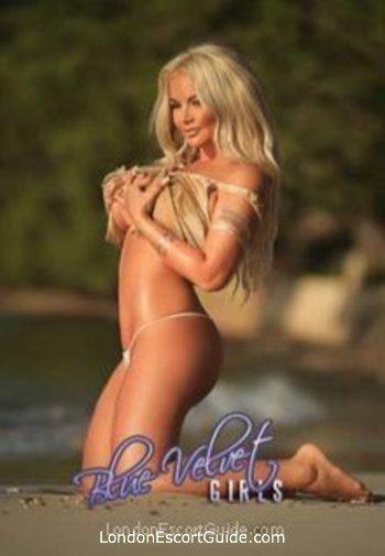 Bayswater busty Pamela london escort
