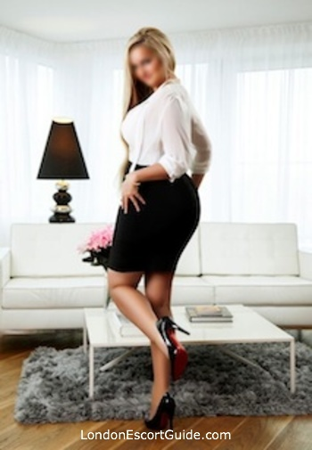 Earls Court blonde Jasmine london escort