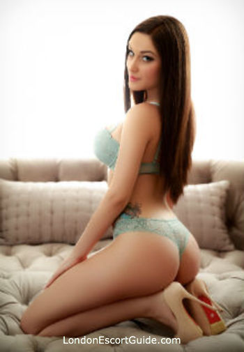 Mayfair a-team Roberta london escort