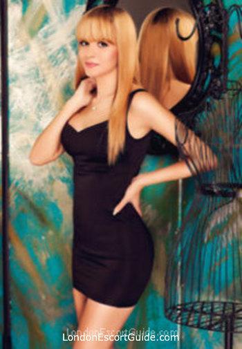 Chelsea value Amina london escort