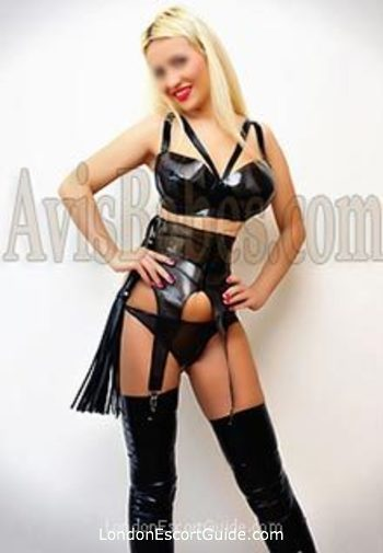 Earls Court pvc-latex Linda london escort