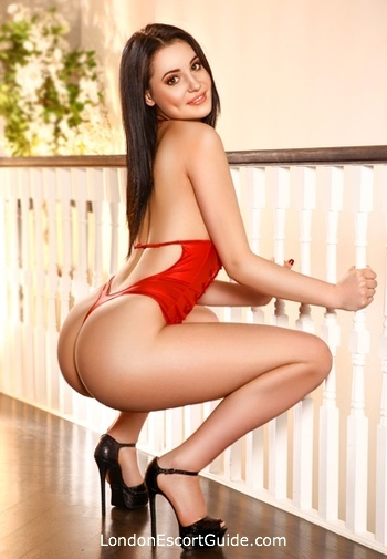 Bayswater east-european Cambria london escort
