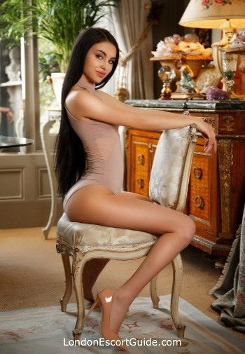 Paddington under-200 Charlotte london escort