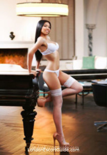 Gloucester Road brunette Reina london escort