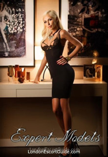 central london blonde Pammy london escort