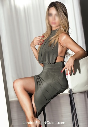 Edgware Road a-team Avianka london escort