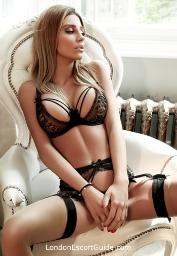 Gloucester Road petite Sila london escort