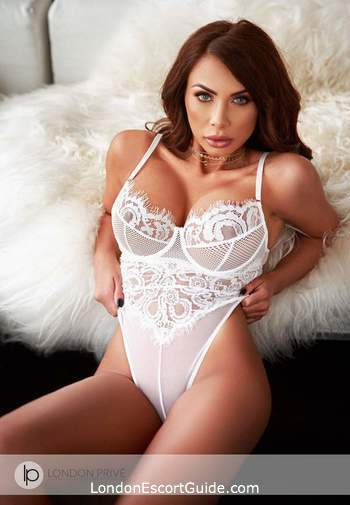 Knightsbridge brunette Chantal london escort