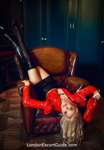 Paddington blonde Mistress Desiree london escort