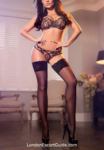 Chelsea brunette Guilia london escort