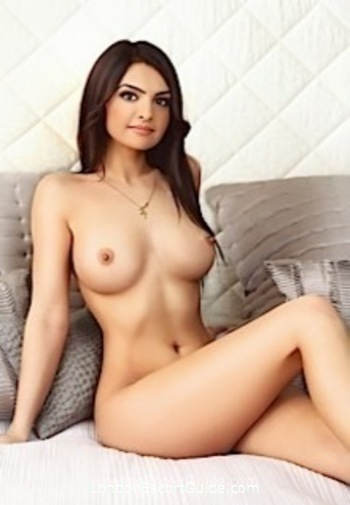 Bayswater brunette Marina london escort
