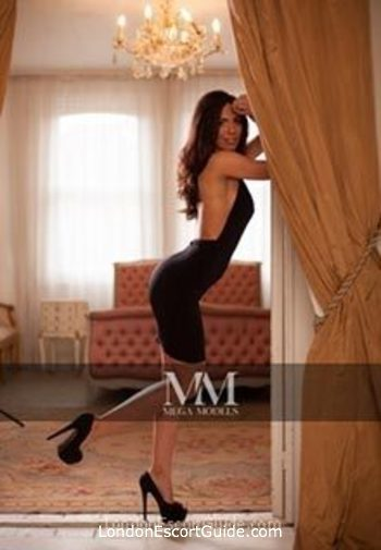 Outcall Only brunette Mariza london escort