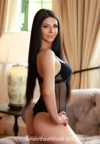 Paddington brunette Sonia london escort