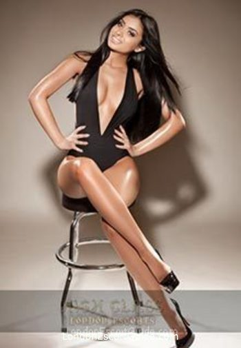 Outcall Only brunette Valentina london escort