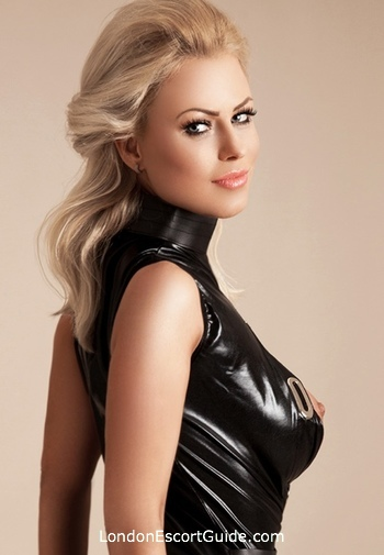 South Kensington pvc-latex Mistress Augustine london escort