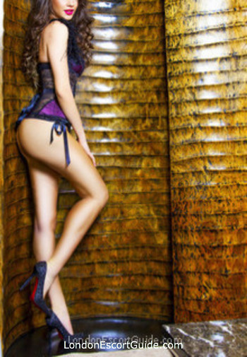 Kensington brunette Maria Rosse london escort