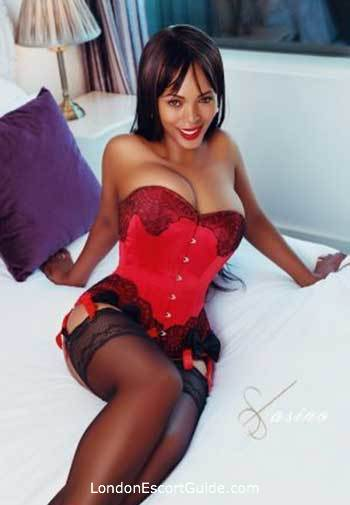 Bayswater busty Nera london escort