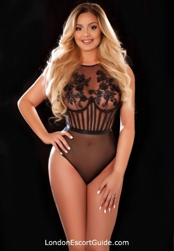 Bayswater blonde Caprice london escort