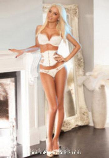 Bayswater blonde Meira london escort