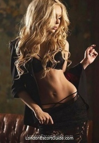 Outcall Only blonde Candy london escort