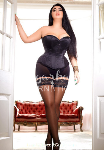 West End 300-to-400 Nazima london escort