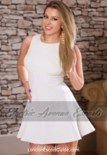 central london blonde Robin london escort