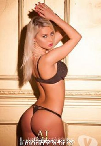 central london busty Lola london escort