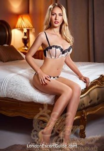 central london blonde Jessica london escort